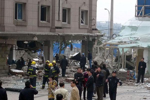 重庆大渡口法院食堂爆炸3
