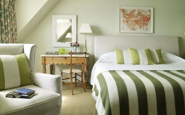 唯美的卧室设计之令人心旌摇荡的床照15