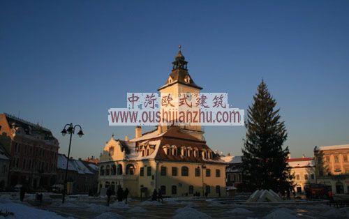 布拉索夫古城广场