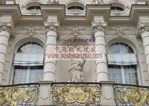 德国慕尼黑林德霍夫宫雕塑