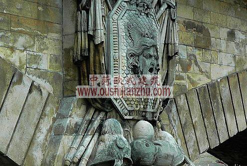 法国巴黎亚历山大三世桥头装饰