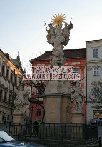 捷克布尔诺巴洛克式雕塑
