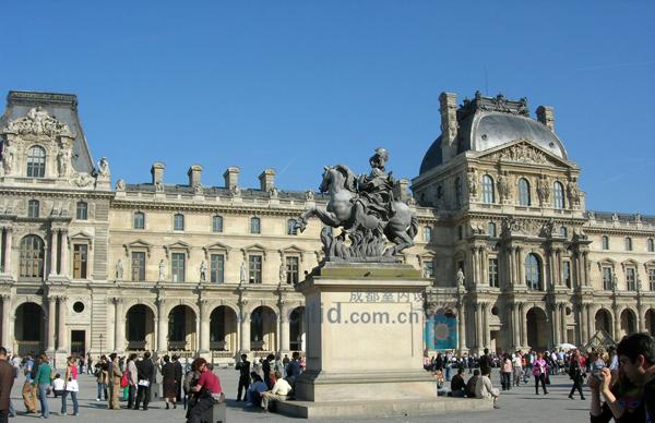 法国古典主义建筑风格