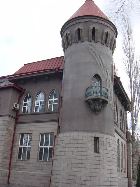 哈尔滨的欧式建筑风格:浪漫主义7
