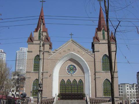哈尔滨的欧式建筑风格:教堂建筑21