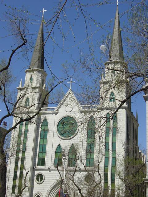 哈尔滨的欧式建筑风格:教堂建筑30