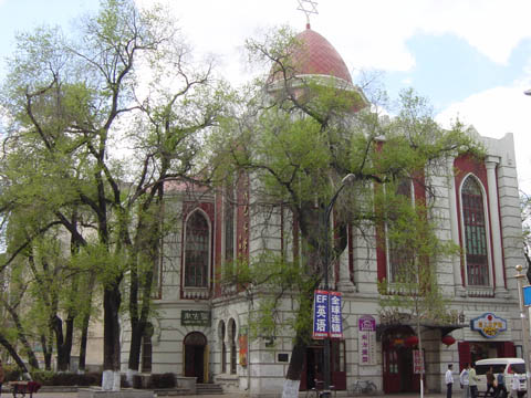 哈尔滨的欧式建筑风格:教堂建筑34