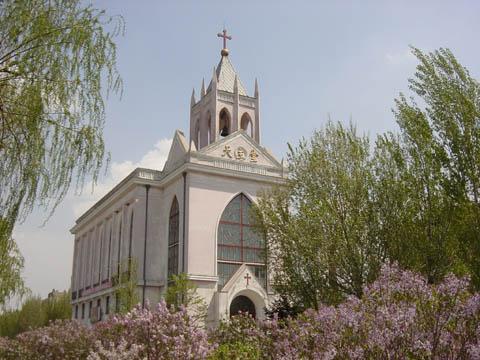 哈尔滨的欧式建筑风格:教堂建筑28