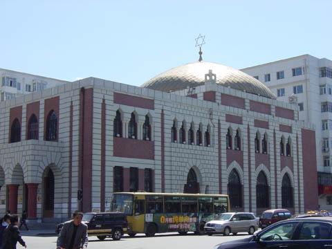 哈尔滨的欧式建筑风格:教堂建筑32