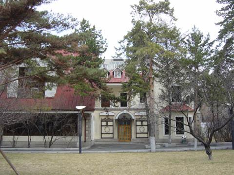 哈尔滨的欧式建筑风格:别墅建筑7