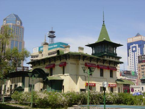 哈尔滨的欧式建筑风格:别墅建筑4
