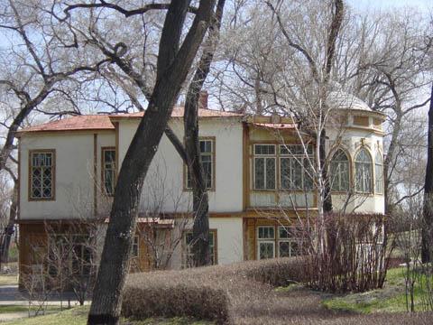 哈尔滨的欧式建筑风格:别墅建筑11