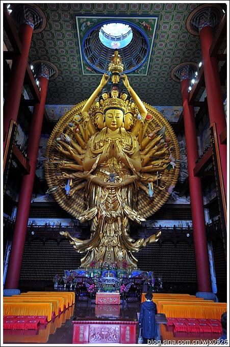 黄铜字_上海地区佛教建筑中单体体量最大的古建筑:东林寺大殿 - - 中菏 ...