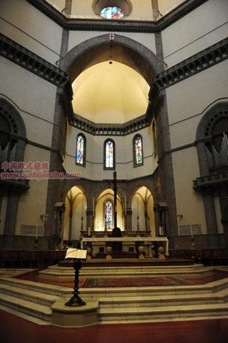 圣母百花大教堂祭坛