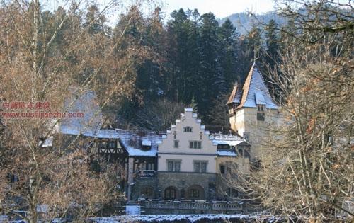 佩罗什城堡14