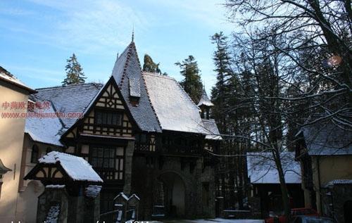 佩罗什城堡15