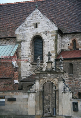 圣安德鲁教堂侧门