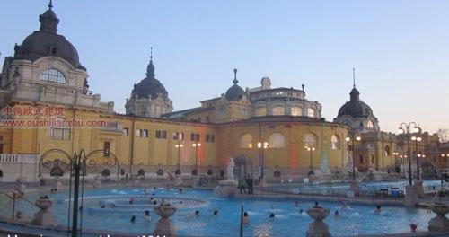 塞切尼温泉浴场5