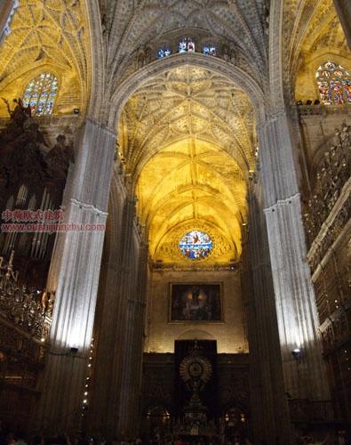 卡泰多拉尔大教堂9