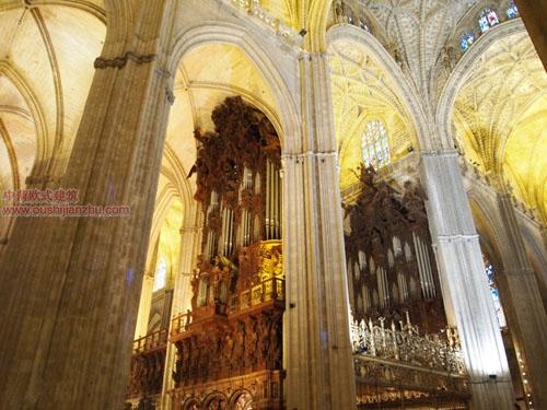 卡泰多拉尔大教堂12