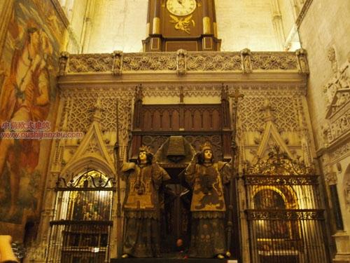 卡泰多拉尔大教堂11