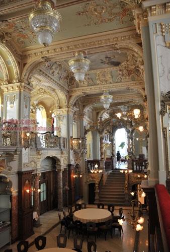 布达佩斯纽约宫咖啡厅8