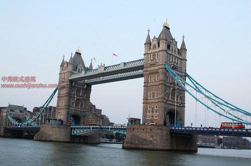 伦敦塔桥12