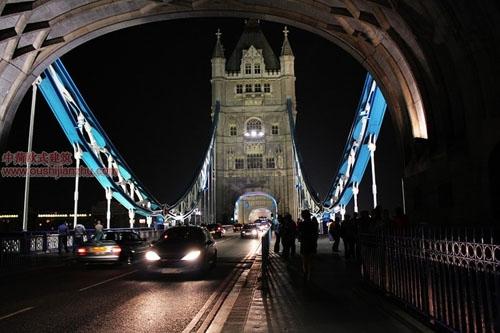 伦敦塔桥14
