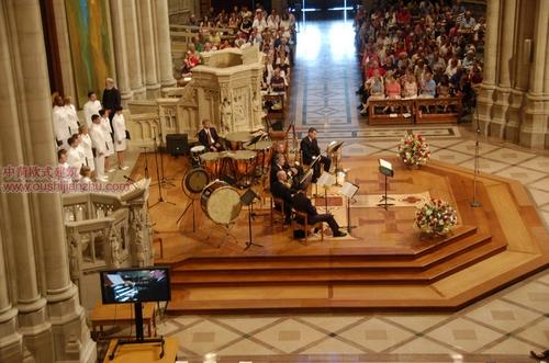 美国国家大教堂11
