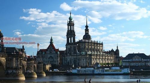 德累斯顿宫殿