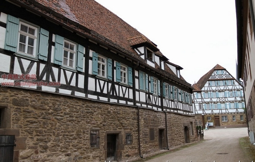 Maulbronn的修道院3