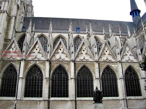 布鲁塞尔圣米歇尔大教堂16