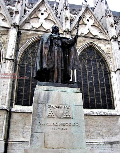 布鲁塞尔圣米歇尔大教堂15