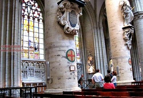 布鲁塞尔圣米歇尔大教堂11