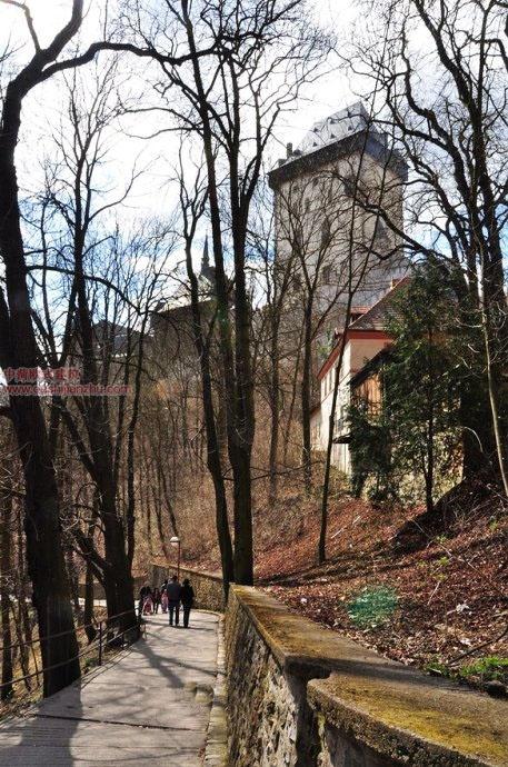 捷克卡尔斯坦城堡6