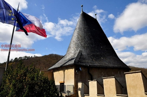 捷克卡尔斯坦城堡9