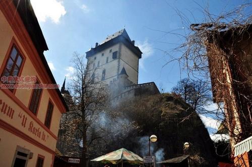 捷克卡尔斯坦城堡2