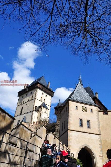 捷克卡尔斯坦城堡13