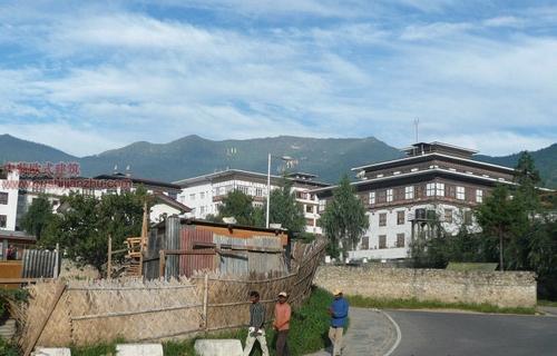不丹独特的民居建筑11