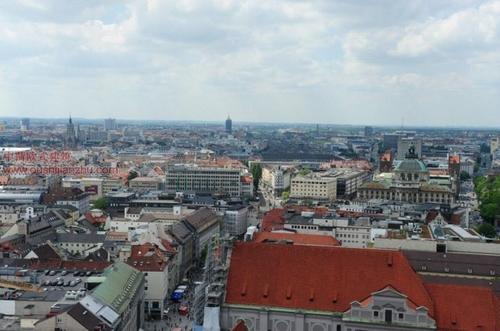 慕尼黑的圣母教堂俯瞰2