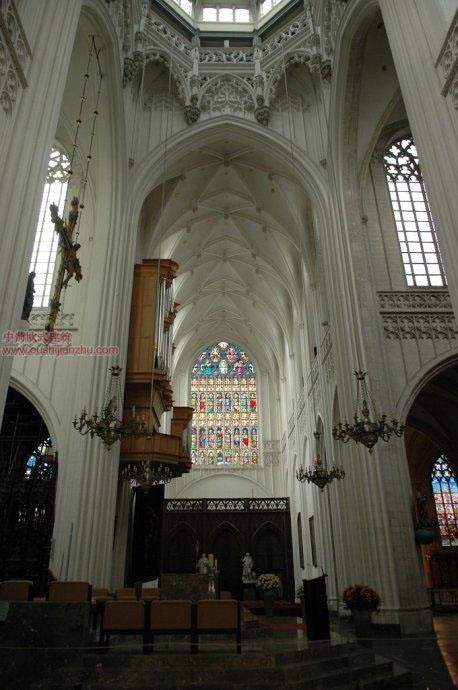 欧式建筑-圣母大教堂5