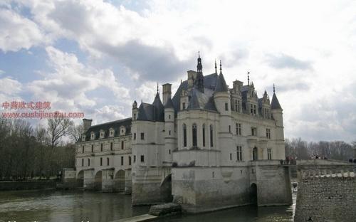 欧式建筑-舍农梭城堡4