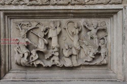 五台山普化寺里的精美雕塑11