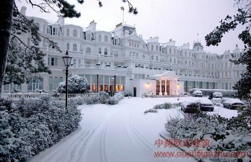 维多利亚建筑风格的酒店9