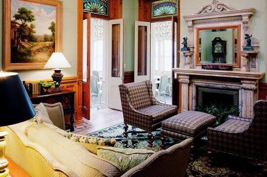 Wentworth Mansion6
