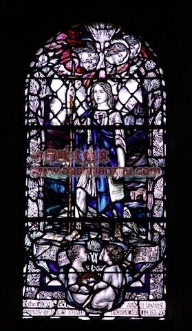 教堂的彩窗画11