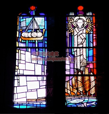 教堂的彩窗画16