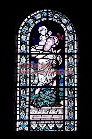 教堂的彩窗画13