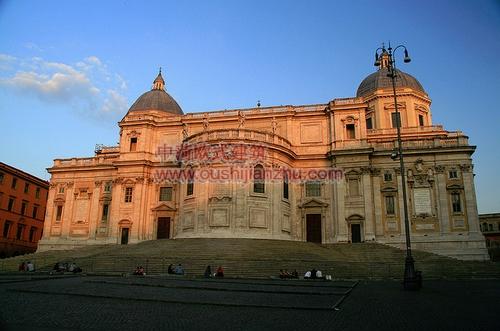 罗马马杰奥尔圣母教堂1
