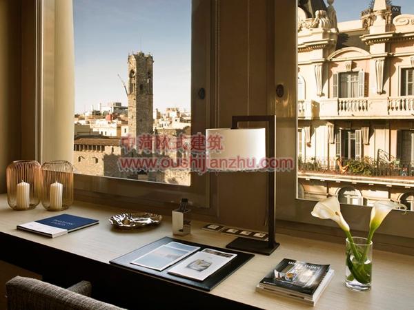 巴塞罗那Grand Hotel Central6